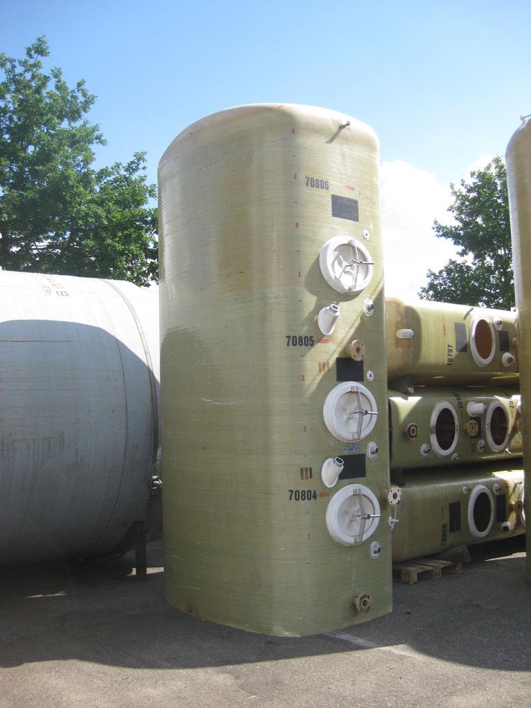 Polyestertank stehend 10.000 Liter Mehrkammertank
